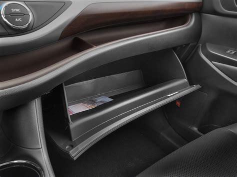 2015 toyota highlander fwd 4dr i4 le natl specs and features u s news world report 2015 toyota highlander fwd 4 door i4 le natl car interior design