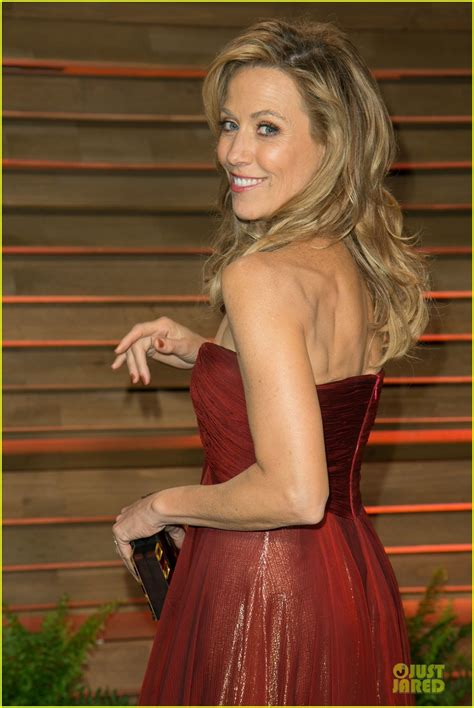 Vanity Fair Party 2014 Full Sized Photo Of Alison Brie Vanity Fair Oscars Party