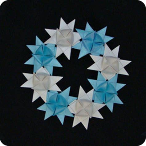 Moravian Origami - moravian wreath make origami