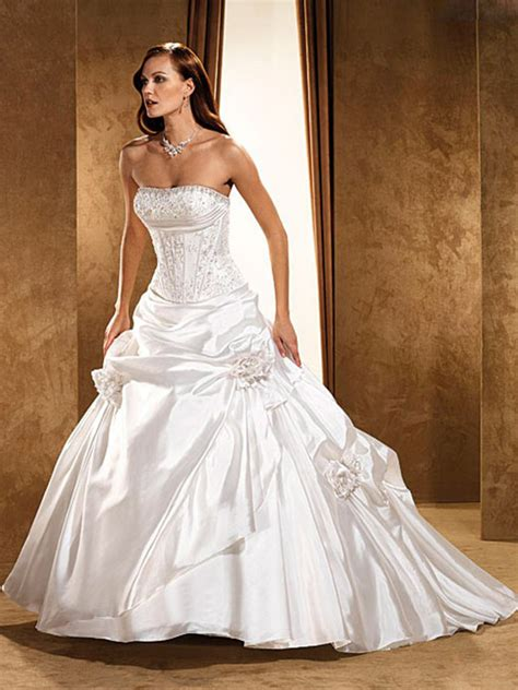 simple inexpensive wedding dresses 2013 fashion trends