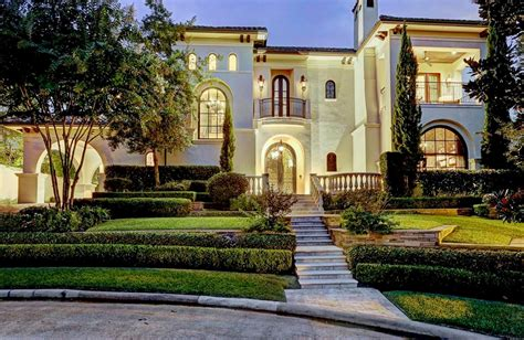 colonial mansion 4 625 million spanish colonial mansion in houston tx