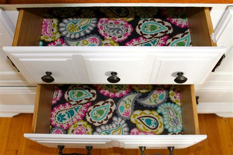 Diy Drawer Liners by Diy Drawer Liners The 2 Seasons