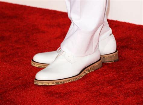chris brown wingtips chris brown shoes looks stylebistro