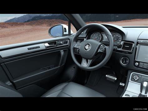 Vw Touareg R Line Interior by 2015 Volkswagen Touareg R Line Interior Hd Wallpaper 11