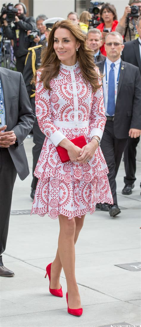 duchess of cambridge 10 of the most expensive things kate middleton wore in 2016