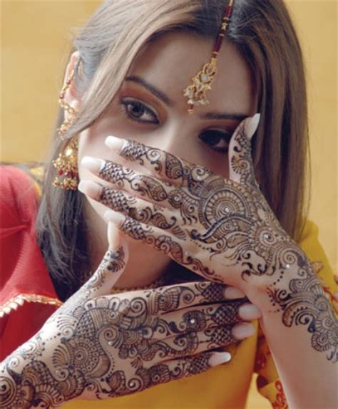 beautiful mehndi design ideas for eid ul azha 2012