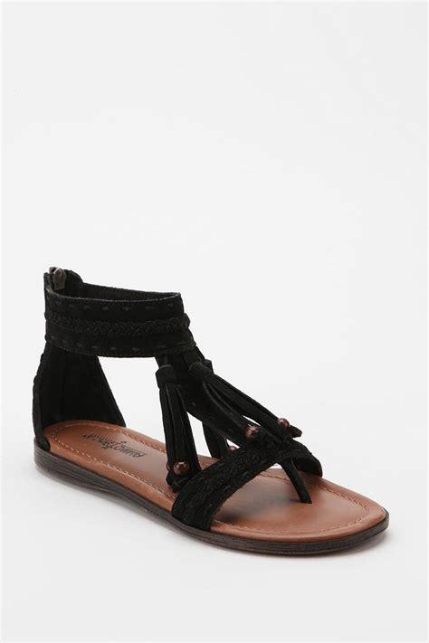 black sandal lyst outfitters t tassel sandal in black