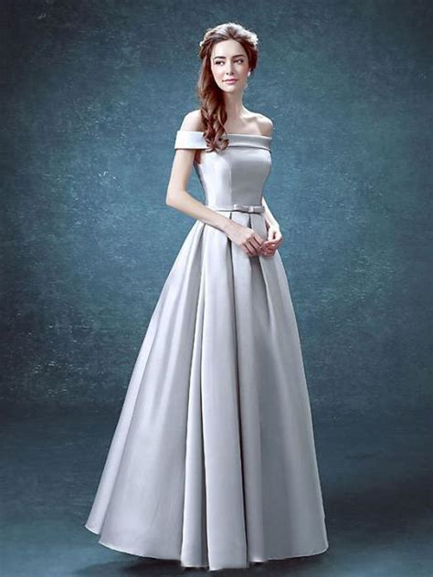 chic     shoulder silver satin simple prom