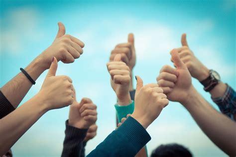 Imágenes De Mujeres Optimistas | confianza y optimismo piezas clave del adn emprendedor