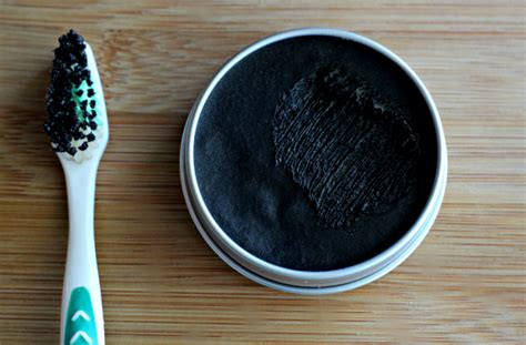 charcoal toothpastes  damage  tooth enamel