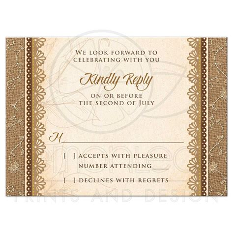 how to choose the best rsvp card size for your wedding invites 3
