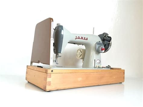 sewing machine for curtain making 807 best images about vintage sewing machines on pinterest