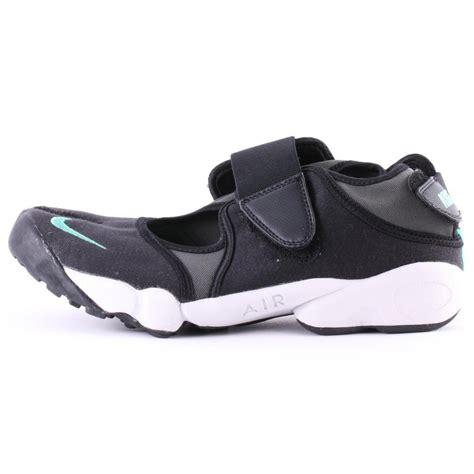 Nike Air Rift For 1 nike air rift mens trainers in black