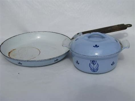 enamel cast iron farmhouse vintage dru enamel cast iron dutch oven pot pan holland