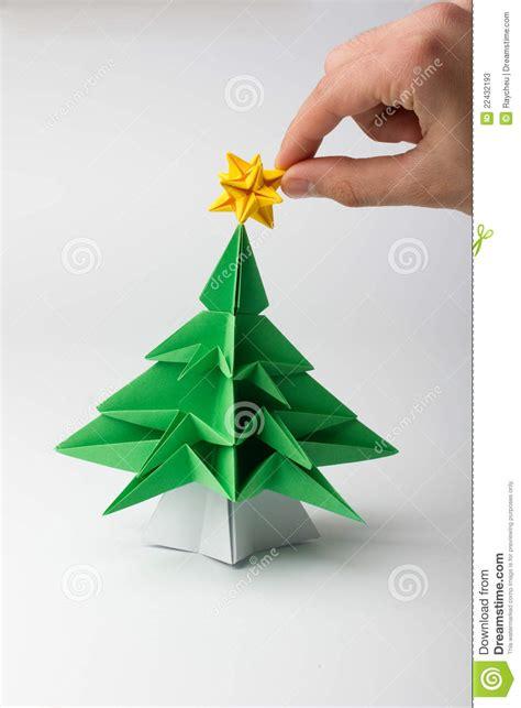 origami ein weihnachtsbaum stockfotos bild 22432193