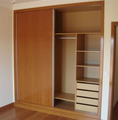 All White Kitchens wardrobes carpintaria venezolana portuguesa lda