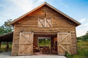 Barnhouses r 233 novation maison et grange par heritage barns