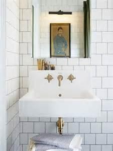White bathroom tiles my paradissi