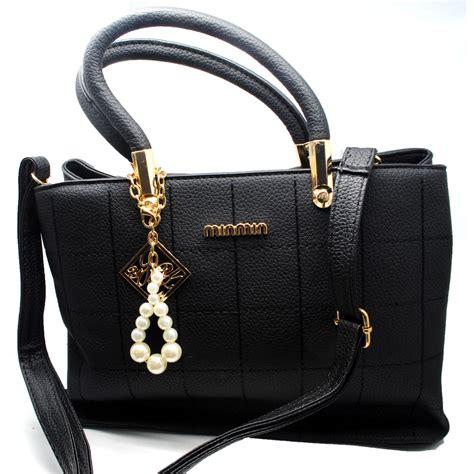 tas selempang wanita model pearl black jakartanotebook