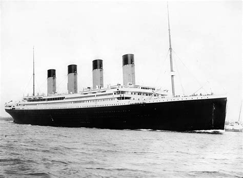 pictures of the titanic rms titanic wikipedia