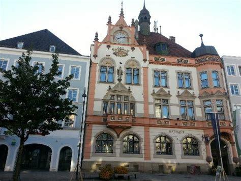 stadt am inn rathaus picture of rathaus braunau am inn tripadvisor