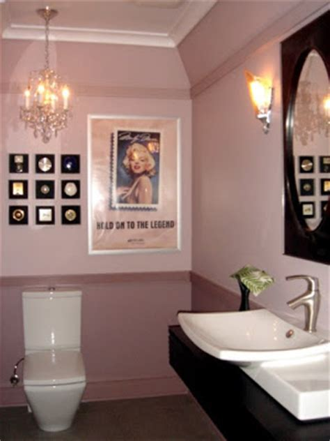 marilyn monroe bathroom ideas d 233 cor etc marilyn monroe 1995 st poster