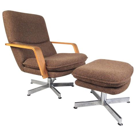 Modern Swivel Lounge Chair by Mid Century Modern Style Swivel Lounge Chair With Ottoman