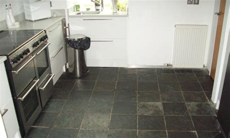 slate tiled floor cleaned and re sealed in glasgow