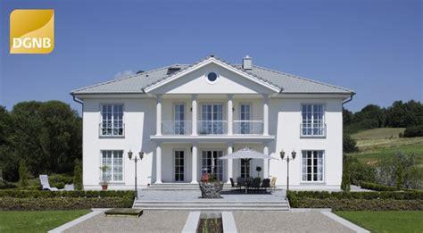 Villa Bauen Lassen by Hausentwurf Okal Villa