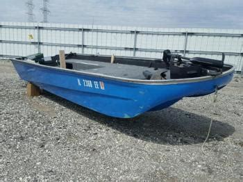 boat salvage in minnesota salvage lunds for sale