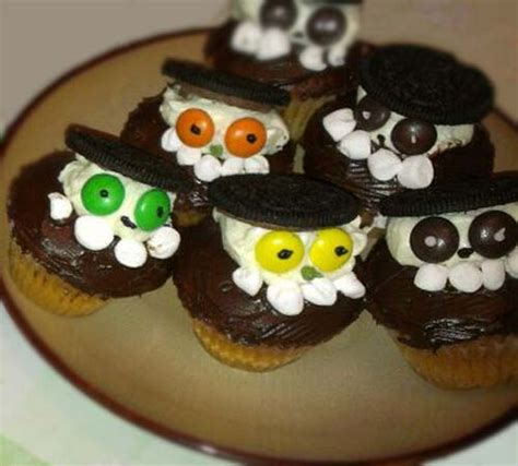 halloween themed cupcakes 6 easy halloween themed cupcakes food fun and happiness