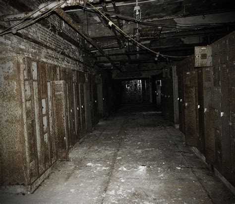 creepy school basement   ideas home cosiness