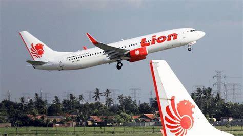 lion air plane damaged in another accident in indonesia