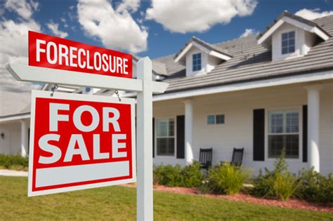 how to buy a foreclosed house with bad credit something you should keep in mind before buying a foreclosure house according to feng