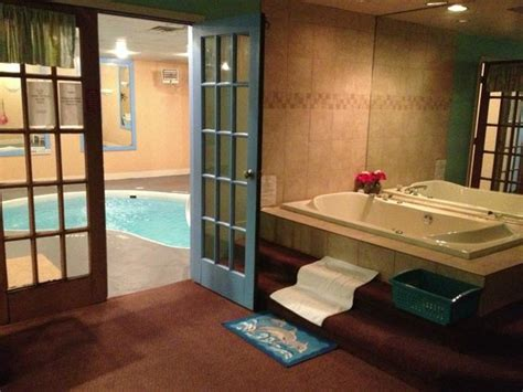 inn of the dove pool room the picture of inn of the dove harrisburg tripadvisor