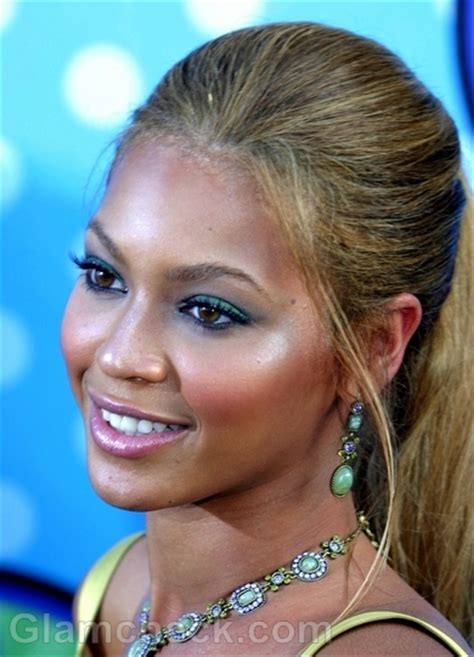 Beyonce Updo Hairstyles by Beyonce Hairstyles Updos And Ponytails