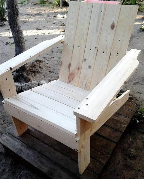 adirondack chairs made out of pallets adirondack chair made out of pallets