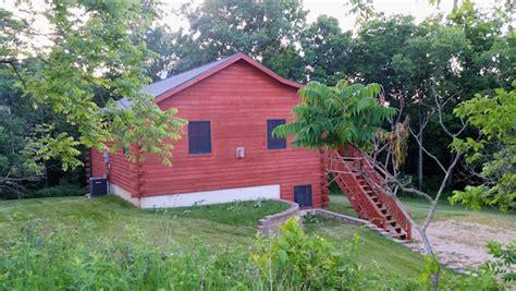 Iowa Cabin Rentals by Timber Ridge Hideaway Log Cabin Tub Iowa Cabin Rentals