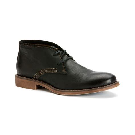 chukka boots with calvin klein orrick leather chukka boots in black