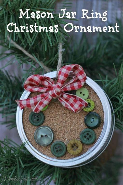 simple  festive mason jar lid ornaments  christmas decoration   minutes hative