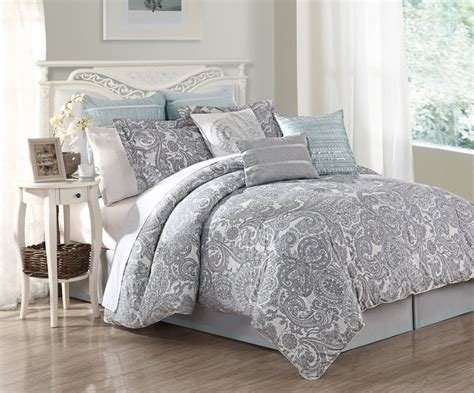 White And Grey Comforters by Lavender And Grey Bedding Ease Bedding With Style