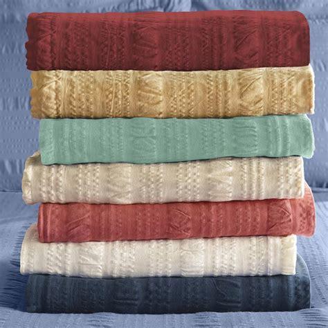 lightweight summer coverlets cotton bedspreads lightweight year round seersucker
