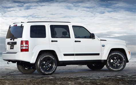 jeep liberty 2015 white jeep liberty 2015 image 307