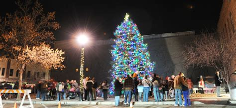 na christmas tree lights horse park mural local news