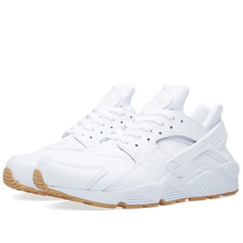 nike air huarache run white gum