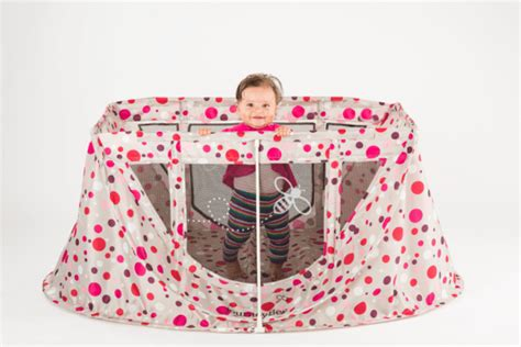travel with the journeybee portable crib giveaway