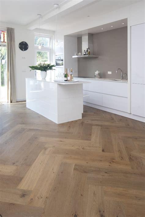 keuken vloer een houten vloer in de keuken nieuws startpagina voor