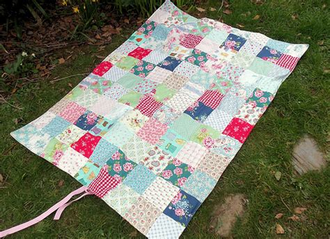 Patchwork Picnic Blanket - when you re feeling blue bustle sew