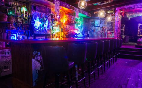 philadelphia s best dive bars travel leisure