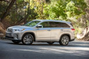 toyota awd 2017 toyota highlander se awd first test review